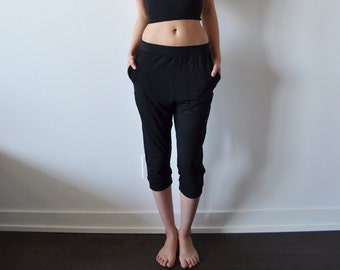 Loose Lounge Pant in Black with Elastic Waistband and Side Pockets- PAST SEASON