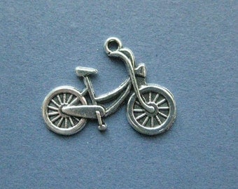 10 Bike Charms - Bike Pendants- Bicycle Charms - Bicycle - Bikie - Antique Silver - 20mm x 26mm -- (No.88-11166)