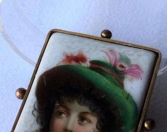 Late Edwardian 1920 paint porcelain brooche in golden frames, edwardian jewels, antique jewels
