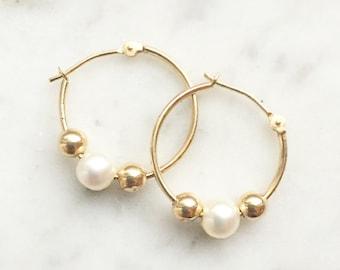 Vintage 14k Yellow Gold Cultured Pearl Lock Hoop Earrings