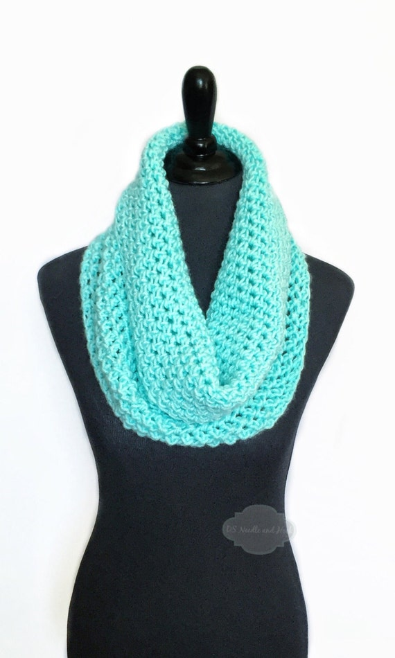 Aqua Crochet Scarf, Green Crochet Cowl, Mint Green Infinity Scarf, Bright Aqua Neck Warmer, Light Teal Crochet Scarf, Snood Scarf