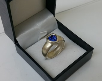 Ring Silver 925 ring with Crystal heart blue SR735