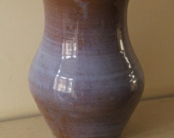 Blue vase (blue-shades with strong blue interior)