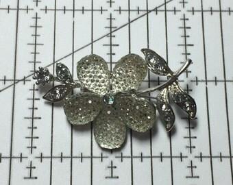 Silver Tone Flower Brooch Pin White Flower 9352