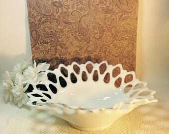 Vintage Westmoreland White Milk Glass Banana Bowl Cottage Chic Home Decor Decorative Accent Vignette