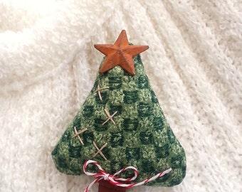 Christmas Tree Pin, Christmas Pin, Christmas Tree, Holiday Pin, Pin, Christmas, Country Christmas Pin, Christmas Tree Brooch