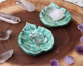Ceramic Leaf Ring Tray (large)
