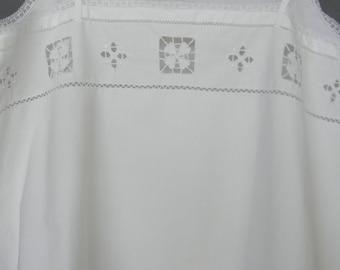 Fine cotton shirt, handmade, 1930s, very refined, embroidered Richelieu