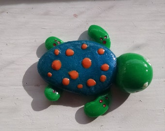 Polka Dot Sea Turtle Magnet//Blue and Green