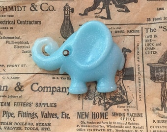Flappy the elephant in baby blue - Authentic 1940's vintage bakelite reproduction