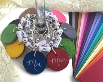 Personalized Wedding Favors, CUSTOM COLOR Chalkboard Wine Charms, Unique Wedding Favors with Personalized Paper Beads, Custom Wedding