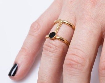 gold onyx ring  black onyx ring  gold ring , stacking rings, geometric ring, gemstone ring, onyx gold ring, onyx jewelry, black ring