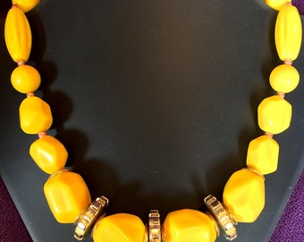 Essential Flash of YELLOW for Summer 2016 - Vintage 1980s Big Bead Necklace- Very Bannanarama