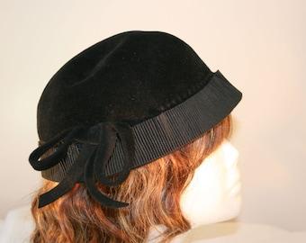 1940s Merrimac Peachbloom Velour With Imported Fur//Cloche Hat//Vintage Hat