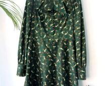 Vintage floral geometric-handmade 70s dress with double neck / / vintage handmade double v-neck dress