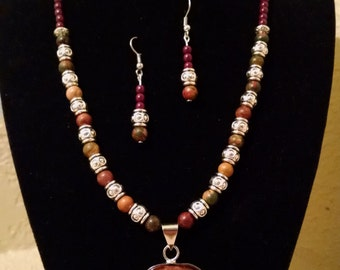 Red Tiger Eye Beaded Necklace Set