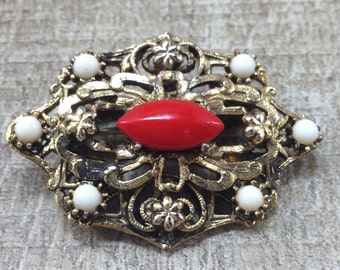 Gorgeous Vintage Set Red White Cab Floral Gold Tone Brooch and Earrings.