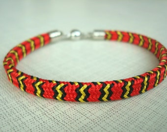 Colorful red bracelet Braided kumihimo bracelet Elegant bracelet Japanese style Gift for girlfriend Wife red jewelry Red boho gift