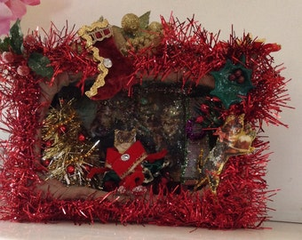 CLEARANCE SALE 50% OFF, XMASC50 code Vintage style handmade red shadow box diorama with pipe cleaner cat handmade figurine, christmas tree