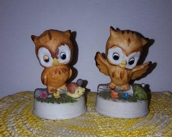 Set of 2 Vintage Owl Figurine Statue Kitsch Flowers