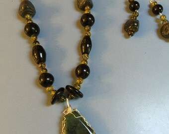 Dragon Vein Beads with Onyx Accents