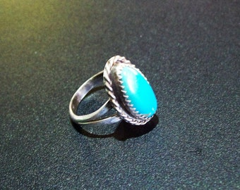 Vintage Native Turquoise/Silver Ring