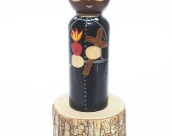 St. Francis Xavier Peg Doll / / Saint Statue / / Wooden Toy