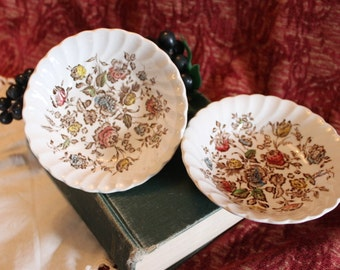 Set of 2 Johnson Bros. Staffordshire Bouquet Dessert Bowls