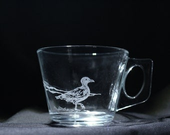 Sea Gull Tea Cup and Saucer, sea gull glass, sea gull art, sea gull gifts, sea gull decor, sea gull kitchen, etched nautical art