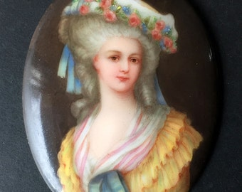 Portrait of Prinsesse de Lamballe on porcelain (made in Germany)