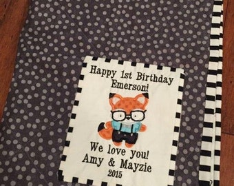Custom embroidered quilt label