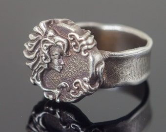 Sterling Silver Ring, Ring with a woman face, Statement Ring, Art Nouveau Style, Contemporary Ring, 3d Printed Ring, 3D Printed Jewelry