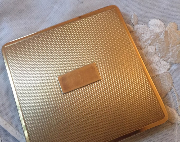 Powder Compact - Vintage Square Gold Tone Compact