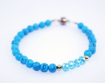 Crystal bracelet with magnetic clasp
