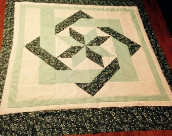 Chain Link fence quilt/full size chain link quilt/teal chain link fence/aqua and brown handmade quilt