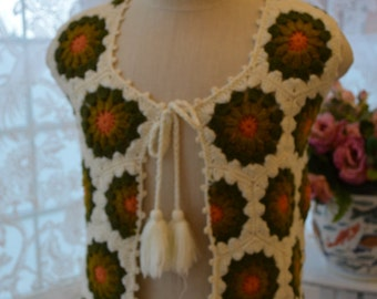 Vintage/gift/ cream/ off white/crochet/ vest