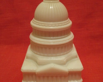 Vintage Avon White Milk Glass Capitol Building with Wild Country After Shave 1976 4.5 Ounces Bottle