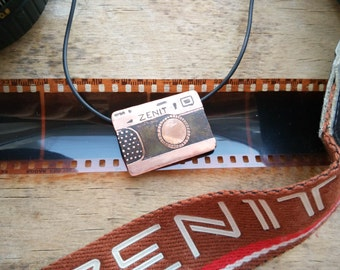 old camera necklace, copper camera pendant, Antiqued Copper Necklace, Etched Copper Jewelry