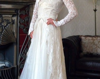 1950s Short Lace Wedding Gown with Bolero Jacket