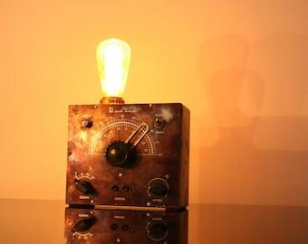 "Vintage iron industrial table lamp made in Italy Modulated Oscillator ""Italian school"" years ' 50"
