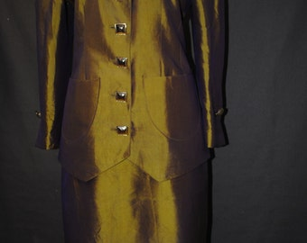 Tailor in silk taffeta gold 1980
