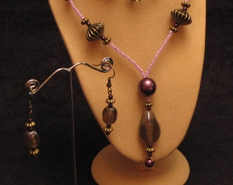 """18"""" Beaded Necklace & Earrings Set (Purple-Pink-Antique Gold Colours) (PH5)"""
