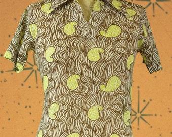 Shirt short sleeve retro design focus on fashion brand vintage 1970s