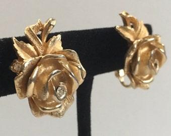 Vintage gold tone rose earrings, clip on earrings, vintage earrings