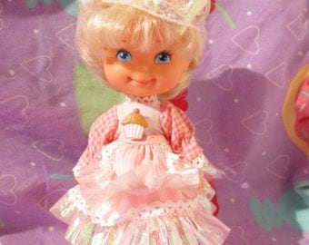 1988 Mattel Cherry Merry Muffin doll
