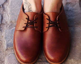 Womens Oxfords ~ Classic Oxfords ~ Leather Oxfords ~ Leather Shoes ~ Hipster ~ Preppy ~ Leather Lace-ups ~ Womens Brogues