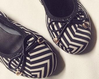 LE Shoes Collection - Flats 001
