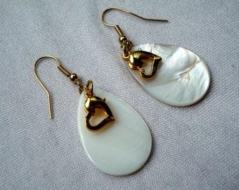 Pearl Earrings, Golden hearts