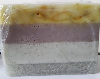 100% Handmade Gardeners soap bar