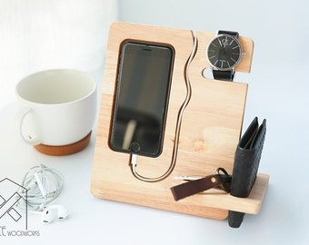 iPhone 7, 6, 6s Wooden Docking, iPhone Wood Stand, Tech Organizer, Gift for Dad, Gift for Him, Christmas Gift for Men